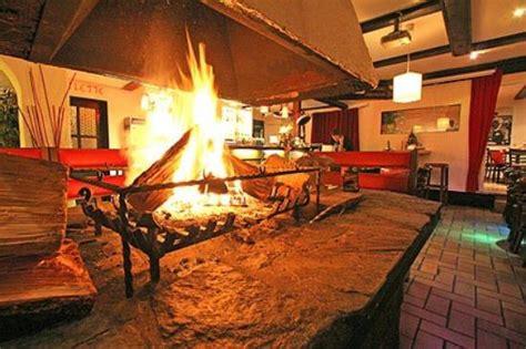 Kaminofen Mainz kamin mainz kamin flammkuchen mainz altstadt bars lounges 20160326