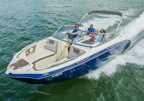 Jet Boats For Sale Boat Trader by Yamaha 240 Series Runabouts Turn On The Jets Boat