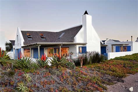 Beach House : Zula Beach House
