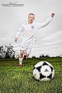 The 25+ best Soccer senior photos ideas on Pinterest ...
