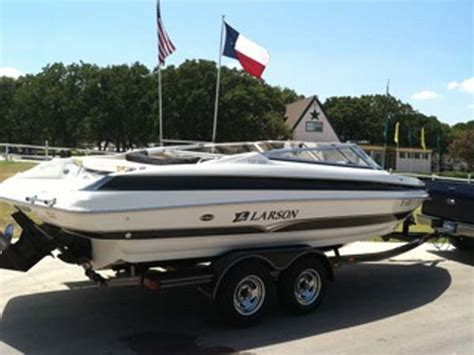 Larson Boats Texas by Boatsville New And Used Larson Boats In Texas
