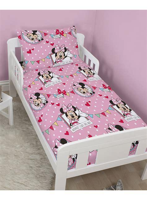 minnie parure de lit housse de couette 120 x 150 cm minnie decokids tous leurs h 233 ros