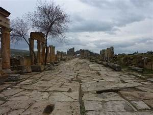 204 best Roman roads and streets images on Pinterest | Pax ...