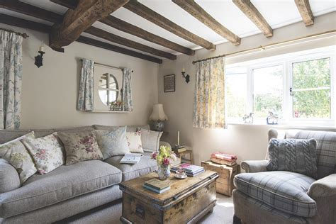 A Thatched Cottage With An Intriguing Past-period Living