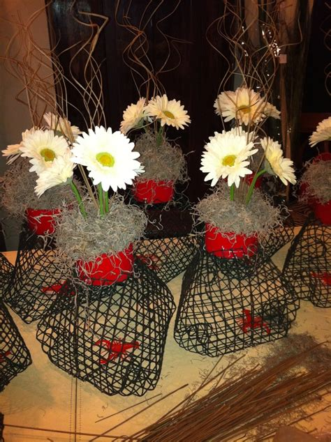 sw chic table centerpieces mini crawfish traps holidays events chic yellow