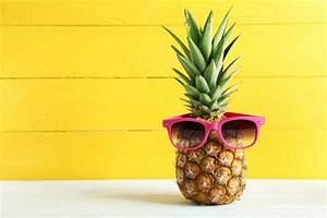WHEN LIFE GIVES YOU PINEAPPLES… - Juice Works