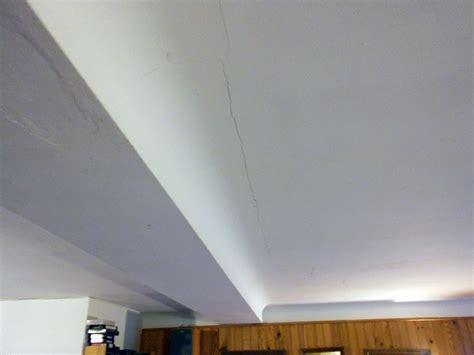 probl 232 me fissures sur plafond suspendu en brique conseils des bricoleurs du forum ma 231 onnerie
