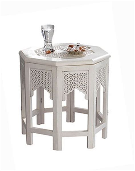 table basse orientale pour un salon chic