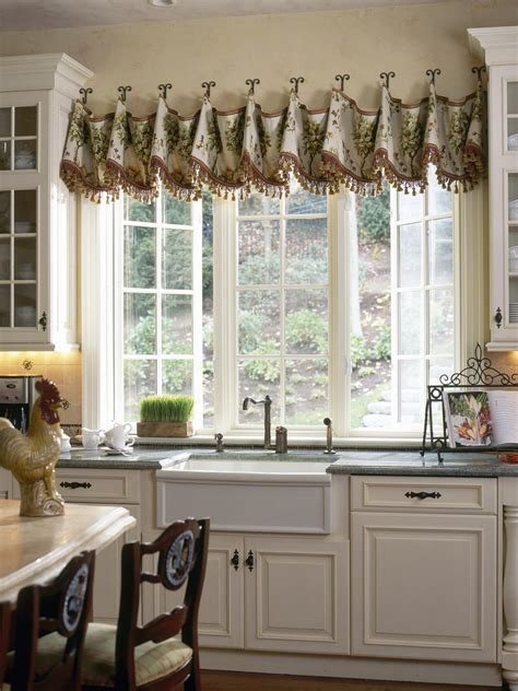 Creative Kitchen Window Treatments Hgtv Pictures & Ideas
