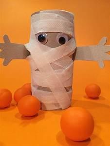 Deko Aus Toilettenpapierrollen : die besten 25 basteln halloween ideen auf pinterest halloween selber machen halloween ~ Markanthonyermac.com Haus und Dekorationen