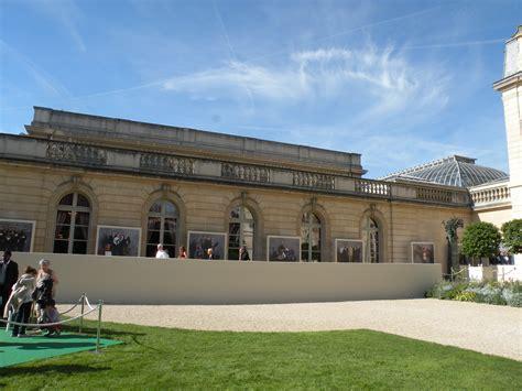 file exterieur salle des fetes palais de l 201 lys 233 e jpg wikimedia commons