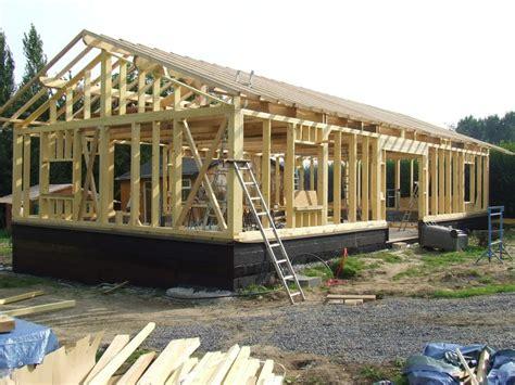 charpentier au service de l autoconstruction maison en bois