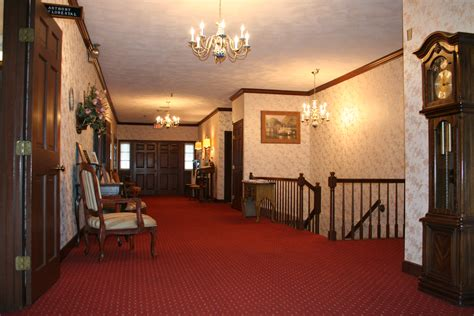Funeral Home : Weir-maccuish Funeral Home