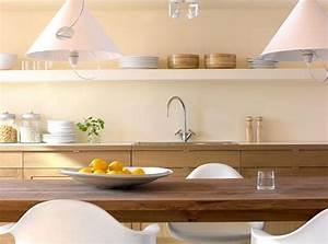 Küche Farbe Wand : wohnen mit farben macht die k che behaglicher sch ner wohnen trendfarbe limone bild 2 ~ Markanthonyermac.com Haus und Dekorationen