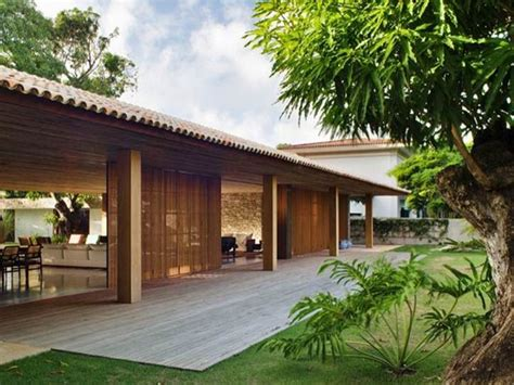 Tropical Home Style : Tropical Home Designs Combines Classic And Modernity
