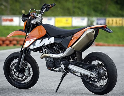 2009 Ktm 690 Smc  Motorcycle Review @ Top Speed