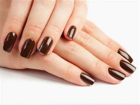 Best Metallic Nail Colours For Summer