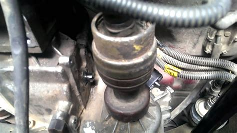 Boat Engine Makes Grinding Noise When Starting by Blazer 4x4 Front Drive Shaft Removal Youtube