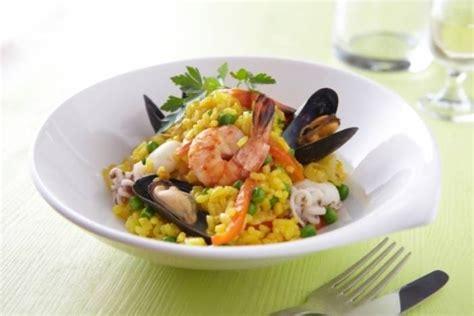 recette de pa 235 lla aux fruits de mer facile et rapide