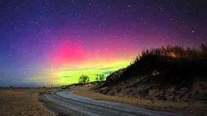 Northern Lights in Michigan's lower peninsula - YouTube
