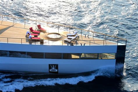 Steve Jobs Boat by Rare Photo Of Steve Jobs Yacht Sets The Internet On Fire