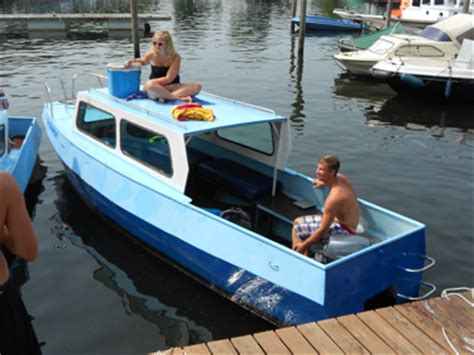Bootje Drimmelen by Kajuitboot Huren In Drimmelen Noord Brabant Bootverhuur