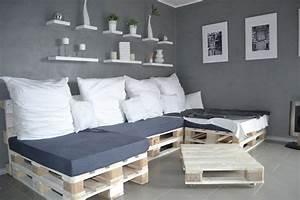 Matratze Auf Paletten : paletten sofa selber bauen wirklich so einfach ~ Markanthonyermac.com Haus und Dekorationen