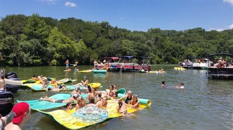 Keep Austin Wet Boat Rentals by Keep Austin Wet Austin Boat Rental Home Facebook