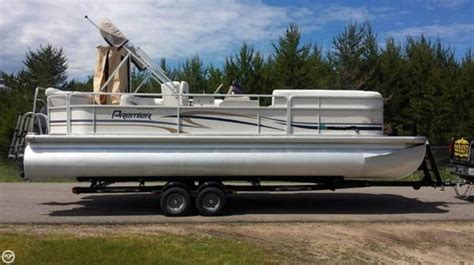 Used Pontoons Mn by 2007 Used Premier Pontoons 22 Pontoon Boat For Sale