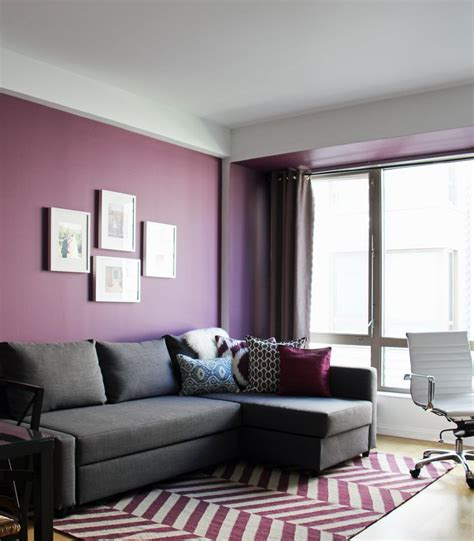 grey and purple living room walls 17 best ideas about purple living rooms on