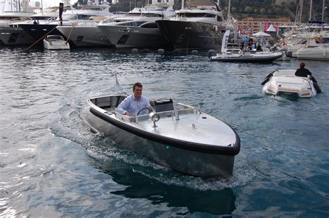 Fast Boat Electric by Bolt Electric Boat