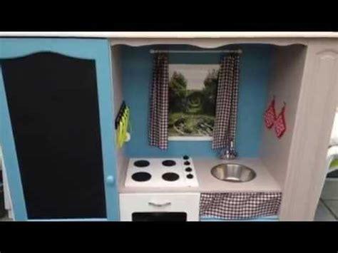 transformer un meuble tv en cuisine pour enfant