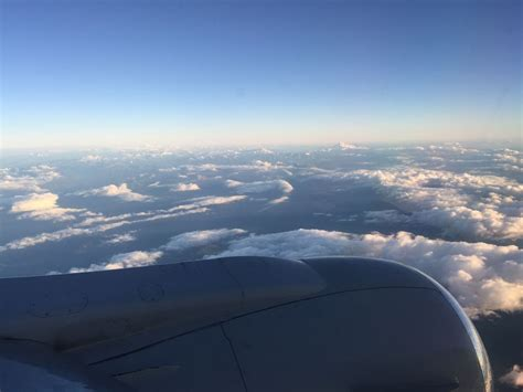 review of air transat flight from calgary to vancouver in economy