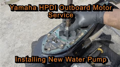 Yamaha Outboard Motor Videos by Yamaha Hpdi Outboard Motor Service Installing New Water