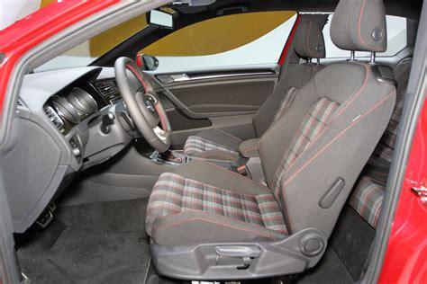 interieur volkswagen golf 7 gti 2013 parijs 2 carblogger