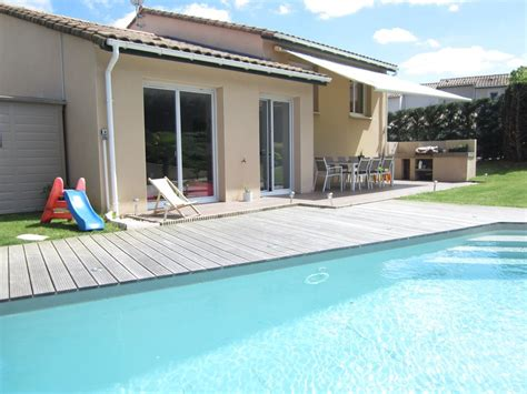 house with heated pool and garden 949493