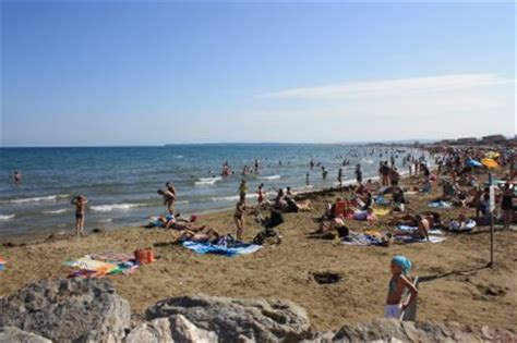 la plage de port la nouvelle 224 40 min location 224 comigne