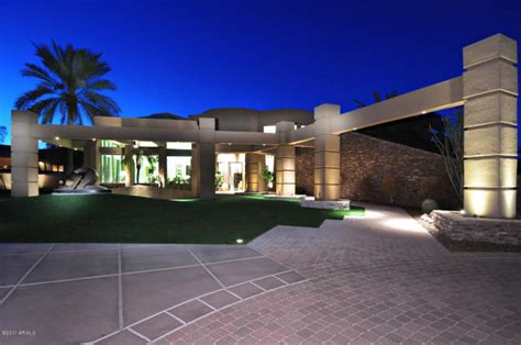 kurt warner selling 5 million dollar paradise valley contemporary mansion take a peak inside