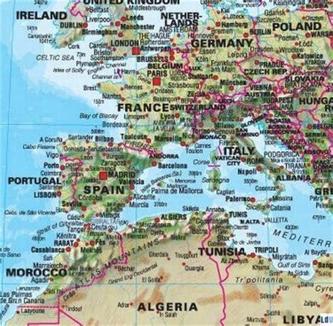 maps international carte murale plastifi 233 e grand format le monde physique en anglais