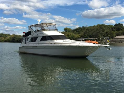 Sea Ray Boats Tn by Knoxville Tn Boat Details Sales Sea Ray Cruiser