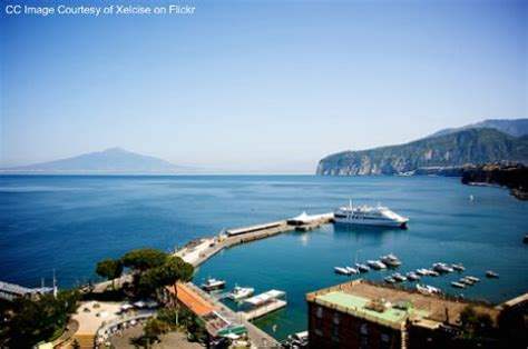 Hydrofoil Boat From Sorrento To Capri by Sorrento Ferry Hydrofoil Italy Sorrento Travel