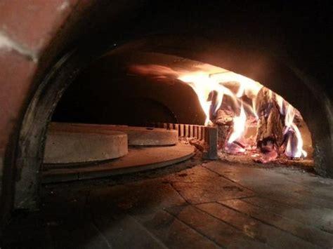 ext 233 rieur du restaurant picture of braise pizza brest tripadvisor