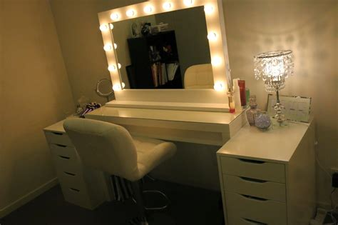White Ikea Makeup Vanity Table For Bedroom With Lighted