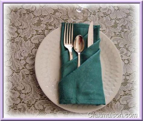 les pliages de serviettes 233 ventails fleurs chapeaux pour f 234 tes c 233 r 233 monies arts de la table