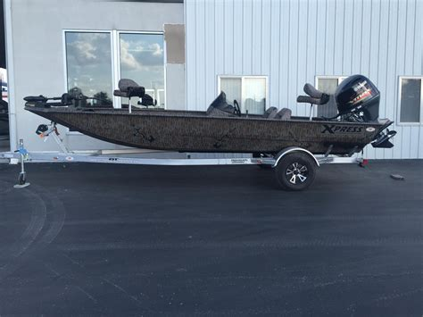 Xpress Fishing Boat For Sale by 2016 New Xpress Xp200 Catfish Center Console Fishing Boat