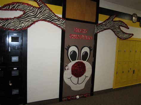 17 door decorating contest ideas winter