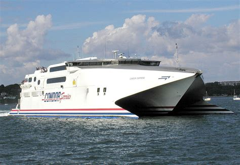How Does A Catamaran Ferry Work by Catamaran Vs Ferry Ok Ferry Blog