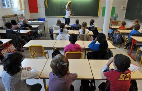 les salaires des profs jouent au grand 233 cart