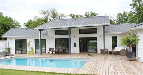 un air de loft pour une maison bois pr 232 s de bordeaux la maison bois par maisons bois
