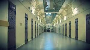 rouen une centaine de d 233 tenus 233 vacu 233 s de la prison de maubeuge sont arriv 233 s 3 haute